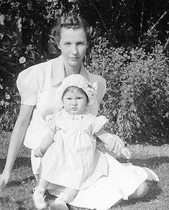 Picture of Sandra Lee Willis, age 13 months, with Dorothy C. Willis Aberdeen, Maryland August 1942