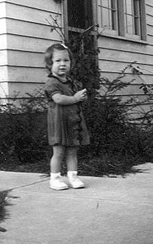 Picture of Sandra Lee Willis, age 16 months, Aberdeen, Maryland November 1942