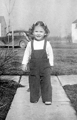 Picture of Sandra Lee Willis, age 19 months, Aberdeen, Maryland February 1943